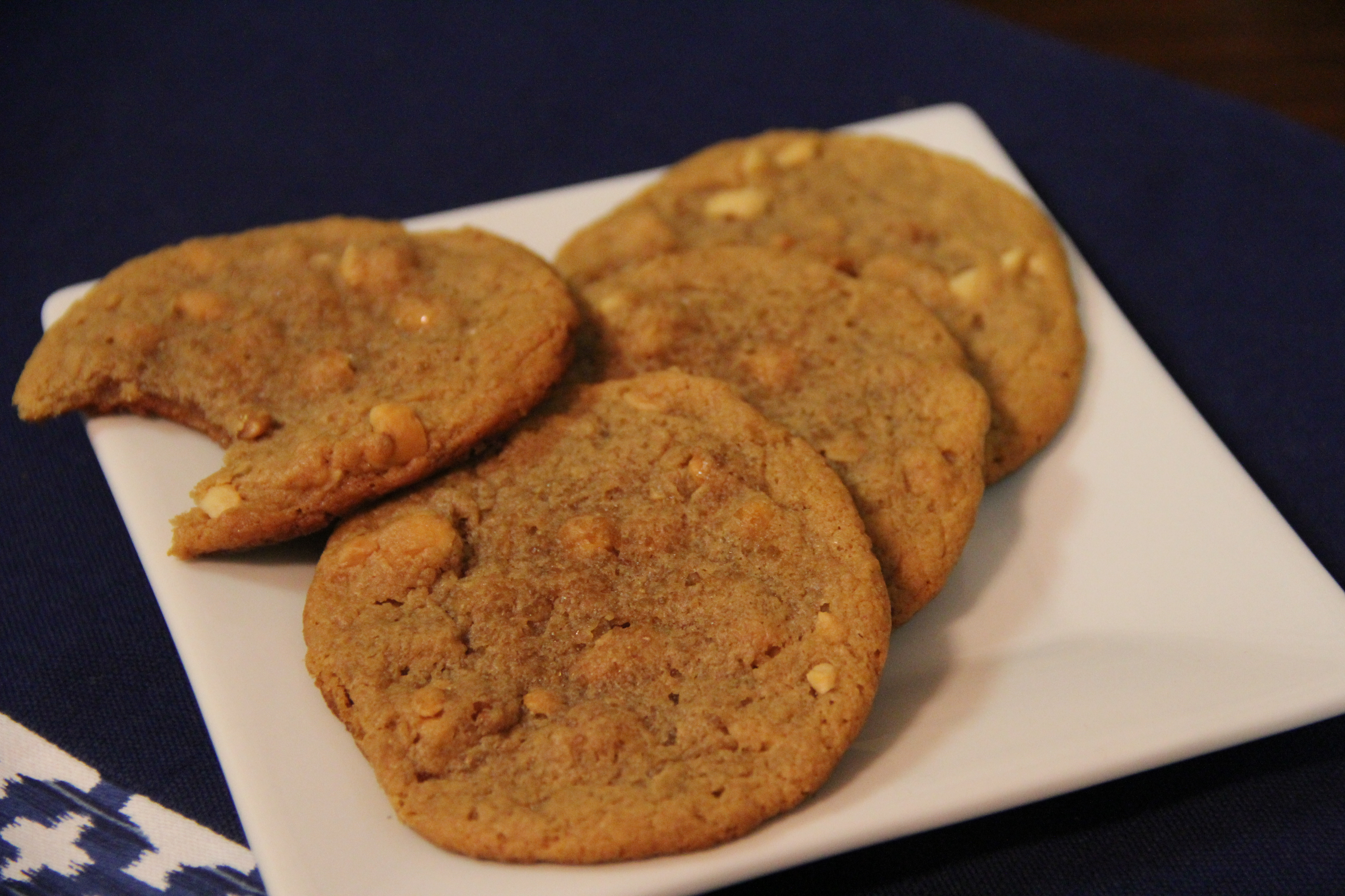 Flourless Peanut Butter Cookies | The Wily Hound
