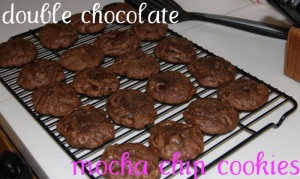 mocha-chocolate-chocolate-chip-cookies-018